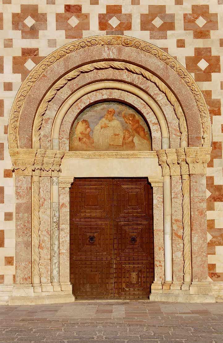 Basilica_Collemaggio_4