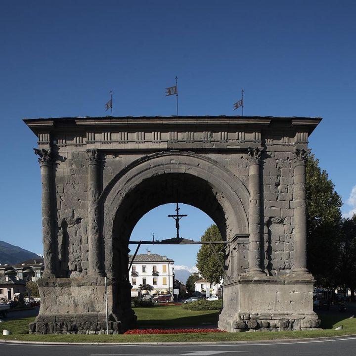 Arco di Augusto_1