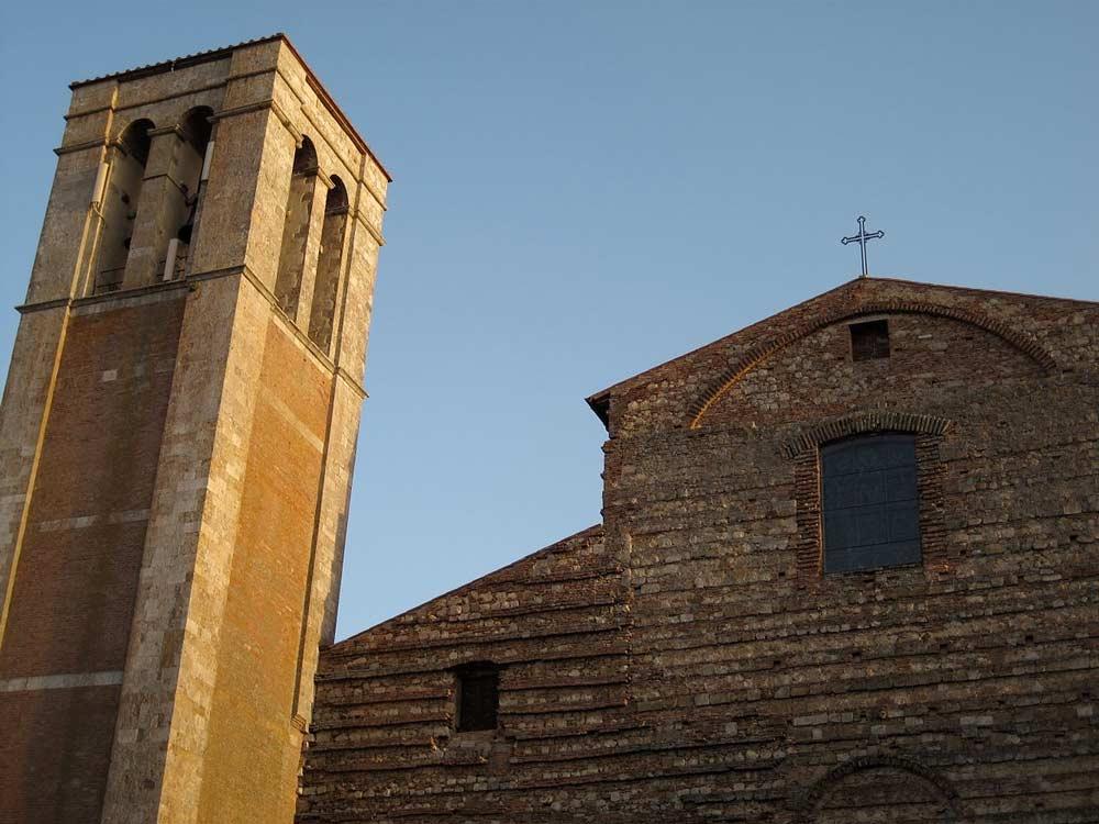 Кафедральный собор Монтепульчано Санта Мария Ассунта