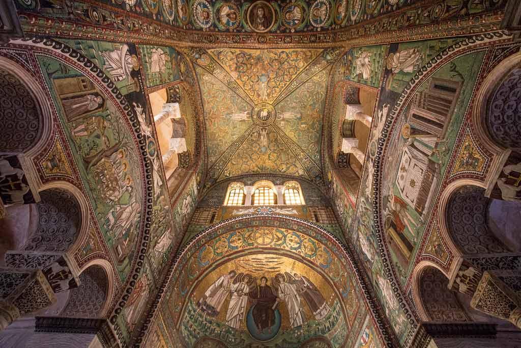 Мозаики Равенны: сокровища старого города