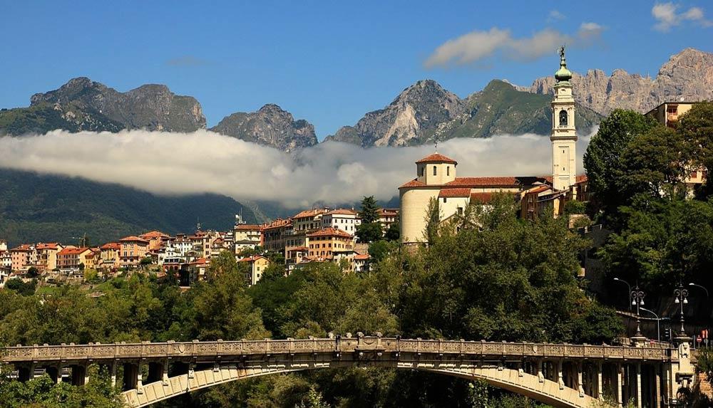 Беллуно регион Венето Италия