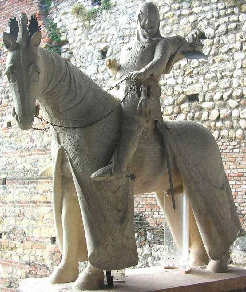 Скульптура Кангранде делла Скала кастельвеккио