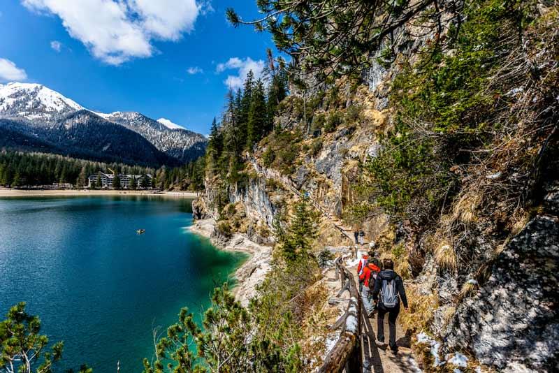 озеро лаго ди брайес треккинг туристическая торпа