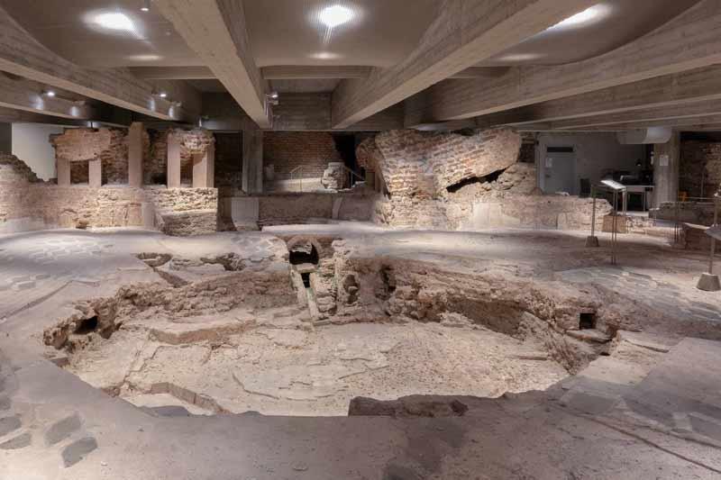 Миланский собор Дуомо: что посмотреть, часы работы, билеты, экскурсии, история