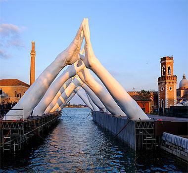 Лоренцо Куинн в Венеции