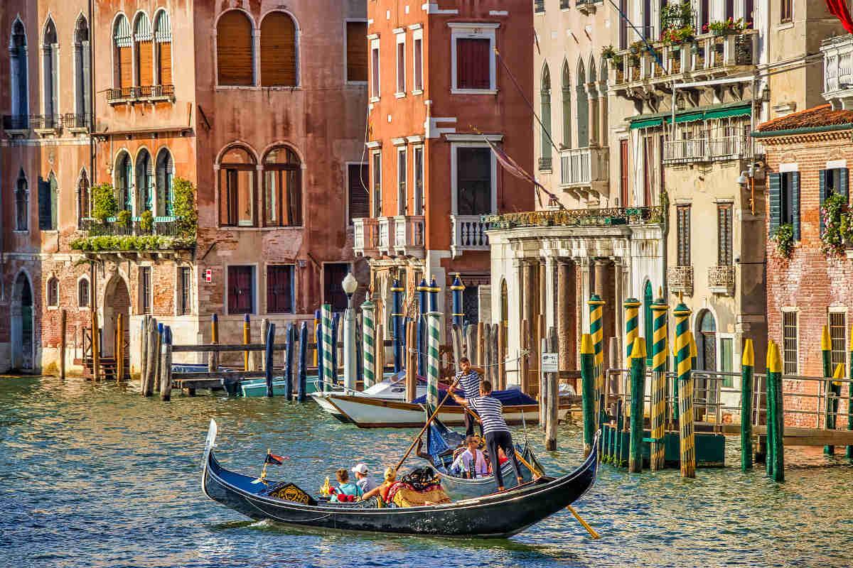 гондола, венецианская гондола