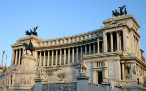 Алтарь Отечества в Риме