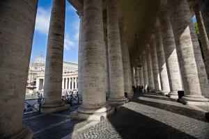 Рим. Колоннада Бернини. Ватикан